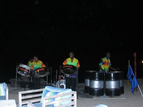 Rendezvous Resort: Sounds of the Caribbean
