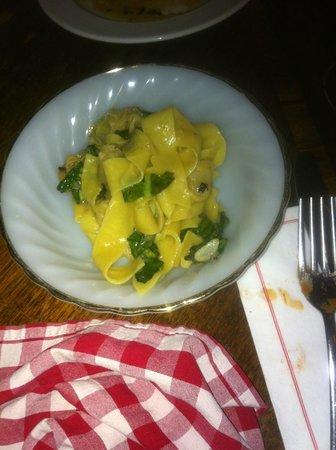 "Pappas : the ""Napoli"" dish"