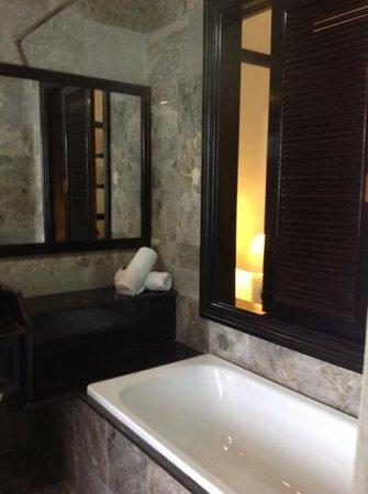 Hoi An Trails Resort: bathroom