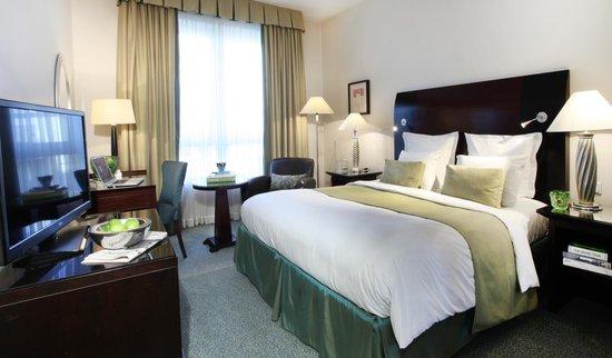 Lindner Hotel City Plaza: King size bed room