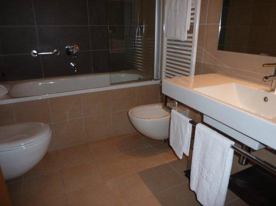 NH Milano Concordia: Bathroom
