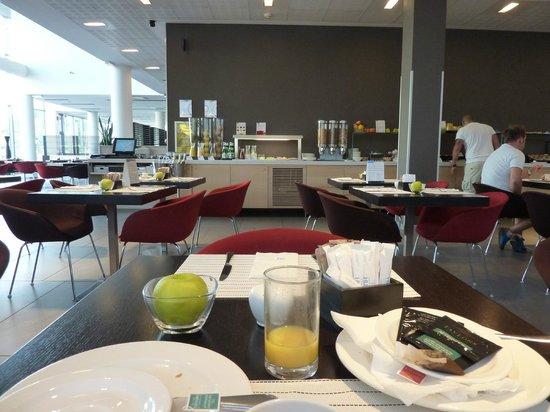 NH Milano Concordia: Breakfast