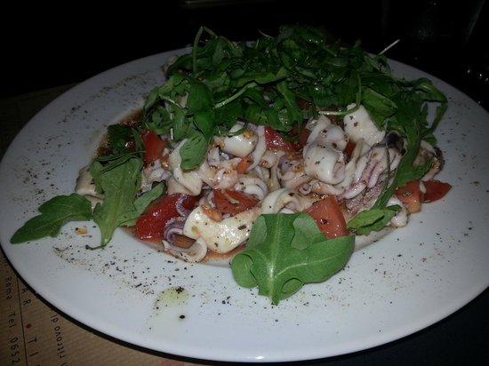 Gibraltar Taverna Mediterranea: insalatina di polpo