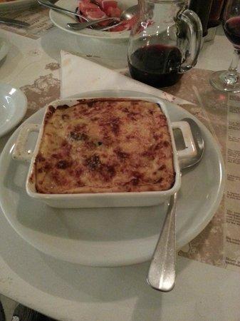 Nikos Gallop Restaurant: Vegi Moussaka