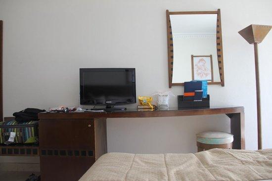 Atlas Amadil Beach Aqua Sun : Chambre vue du lit
