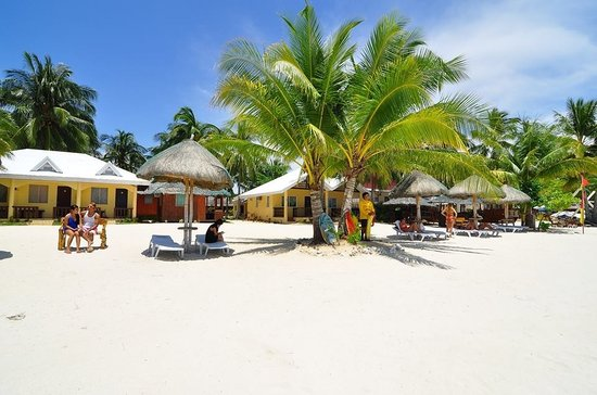 Beach Placid Resort, Restaurant and Bar
