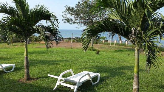 Pedasi Bull Beach Hotel: Ocean view