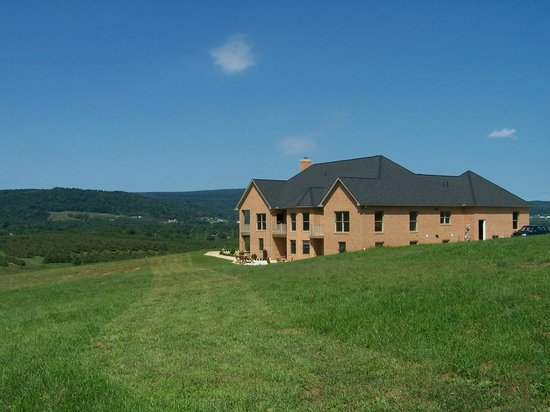 Gettysburg Suites: Relaxing quiet setting only minutes from central Gettysburg