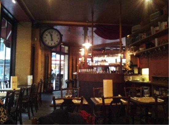 L 39 horloge du divan fotograf a de cafe divan par s for Cafe divan 75011
