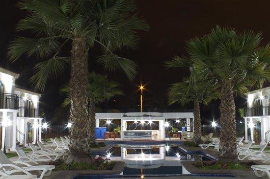 Hotel Serena Dream: Zona de la piscina