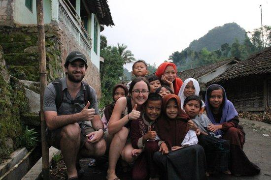 Villa Sumbing Indah: Enfants dans les villages