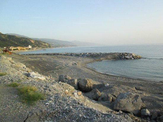 Castello Normanno-Svevo di Cosenza: A walk along the Beach