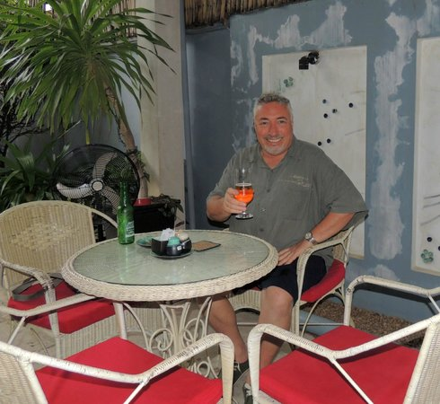 Frangipani Villa-60s Hotel: Dining / outdoor area