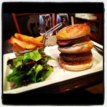 Cafe Divan : le double burger