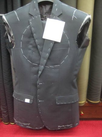 Rajawongse Clothier : suit jacket in progress