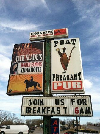 sign out side picture of phat pheasant pub windom tripadvisor. Black Bedroom Furniture Sets. Home Design Ideas