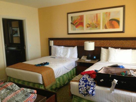 Grand Waikikian by Hilton Grand Vacations : Second Room