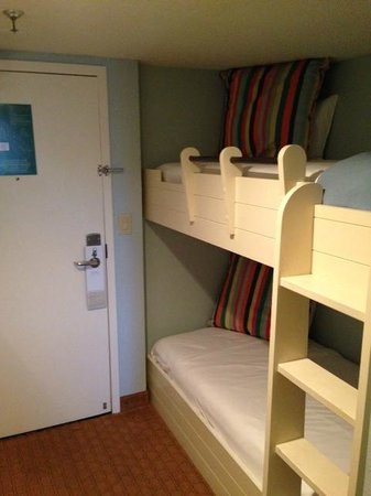 Hilton Sandestin Beach, Golf Resort & Spa: Bunk section