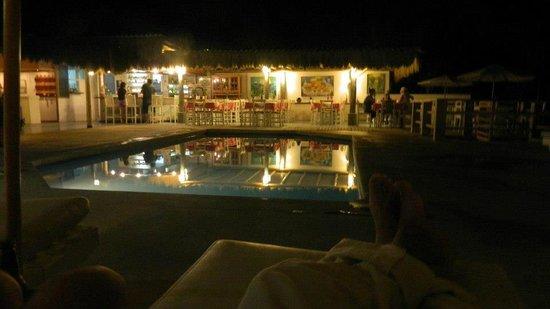 Puerto Palos: Vista del Comedor en la noche