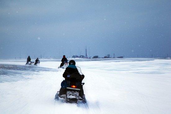 Isfjord Radio: Almost there after 90 km on snowmobile