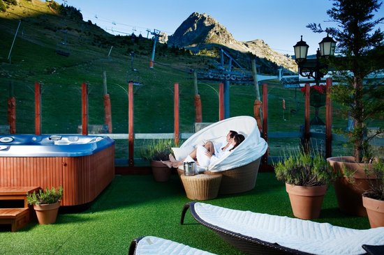 Grau Roig Andorra Boutique Hotel & Spa: Lounge de verano