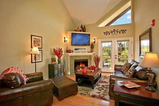 Appleview River Resort: Luxury Amenities