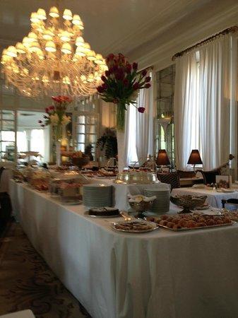 Hotel Majestic Roma: Café da manhã