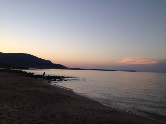 Sunset at Akrogiali beach hotel
