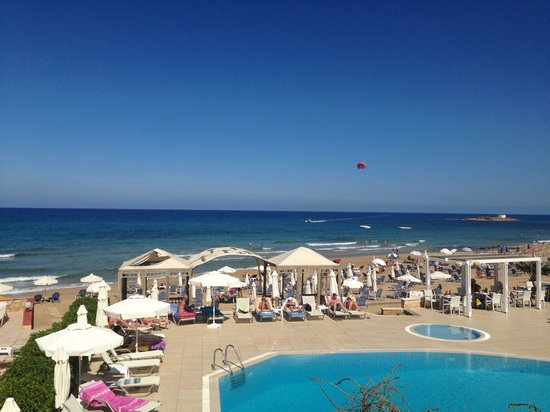 Akrogiali Beach Hotel: View from our room