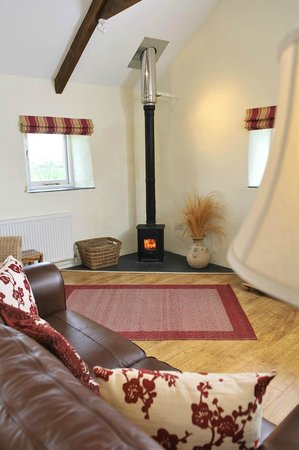 Pollaughan Holiday Cottages: Cosy Winter breaks in Fallow Cottage