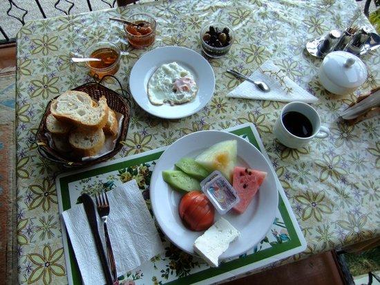 Akay Pension: Frühstück