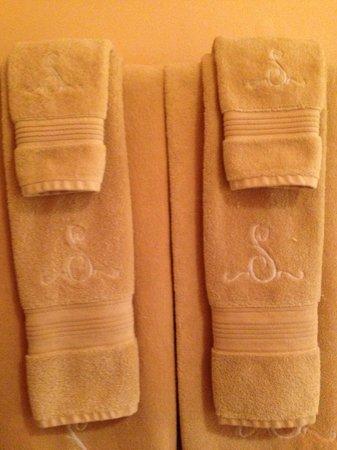 Spring Street Inn: Fluffy Towels