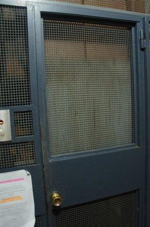 Residenza Giotto: Elevador