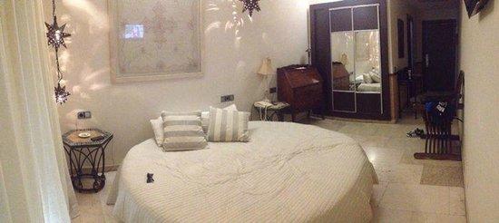 Oasis Hotel: Panorámica habitación