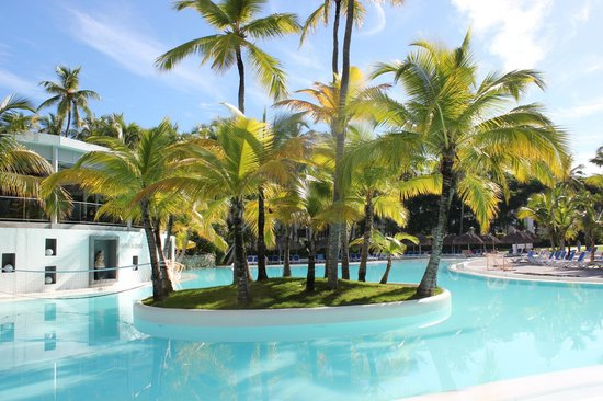 Hotel Riu Naiboa: Zwembad