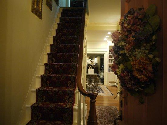 Captain Farris House Bed & Breakfast: CFH Entry