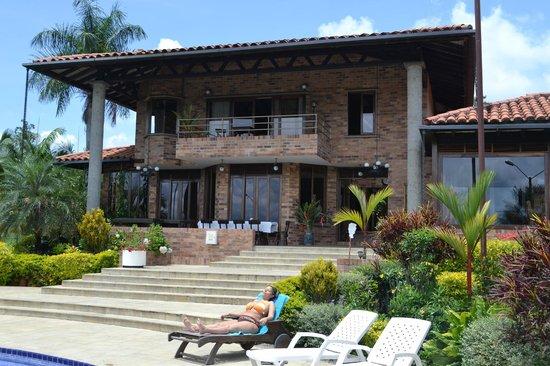 Hotel La Tata Premium: donde recibir el sol