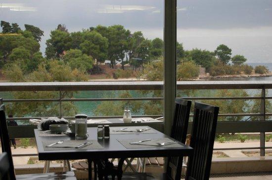Waterman Svpetrvs Resort: Dining room