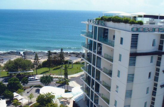 Mantra Mooloolaba Beach Resort: Beach