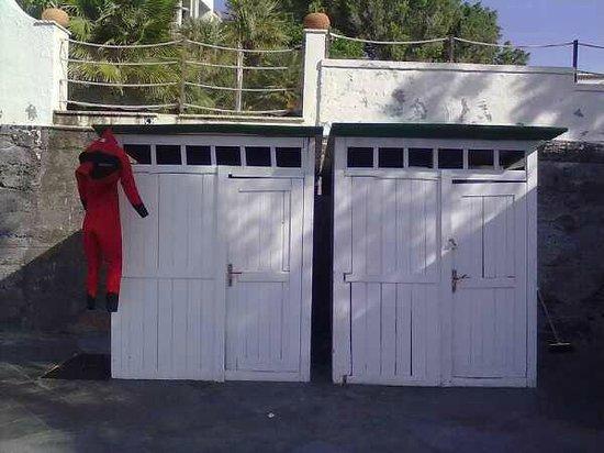 Scuba Diving School: Spogliatoi