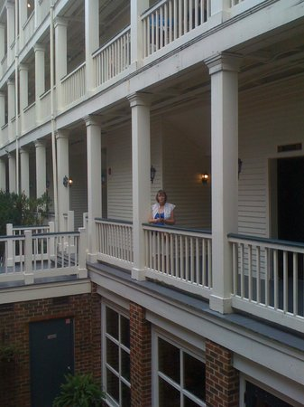 Linden Row Inn: view from courtyard