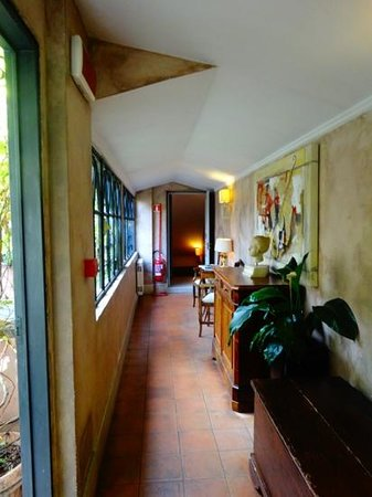 The Inn At The Roman Forum : corridor on 4th floor (outside breakfast area)