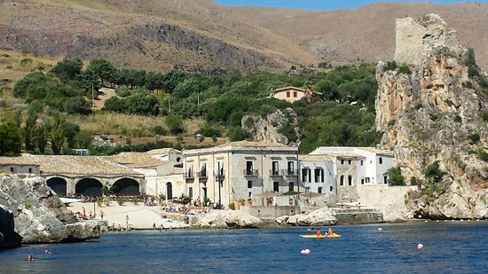 Buena Vida Catamarano - Diving Center: scopello