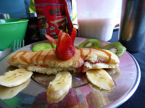 Quechuas Expeditions - Day Tours: Breakfast.