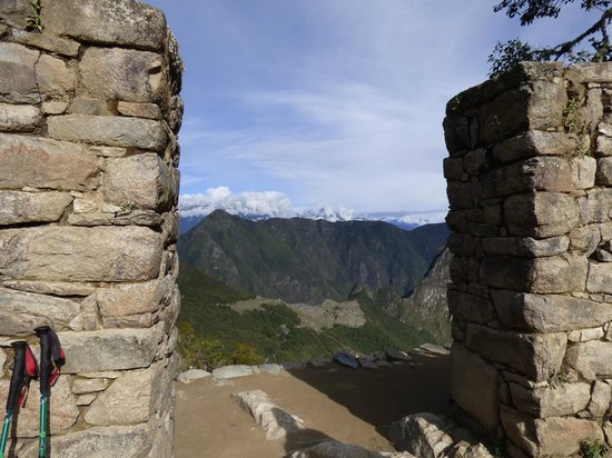 Quechuas Expeditions - Day Tours: View of Machu Picchu from the Sungate.