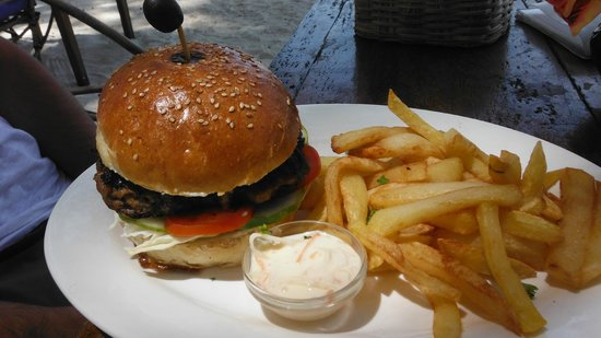 Blue Doors Restaurant : Jumbo Burger