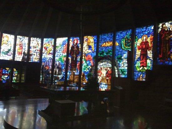 Iglesia La Porciuncula (la Iglesia de Cristal) : Interior