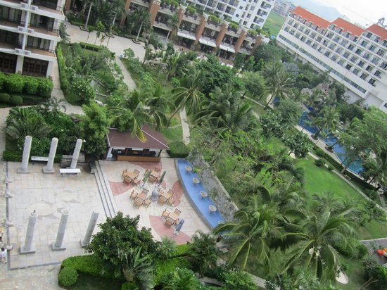 Yuhai Internationl Resort : территория отеля