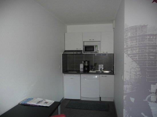 Lagrange City Aparthotel Strasbourg Wilson: cuisinette