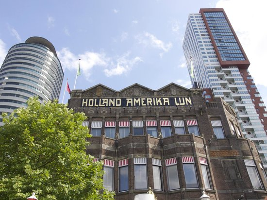 Hotel New York : where old and new meet